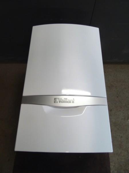Vaillant ecotec plus VCW DE 206/5-5 R5 Brennwert-Gas-Kombi-Therme 20kW Bj.2017